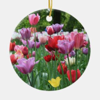 Ornement Rond En Céramique Bouquet de ressort par Thespringgarden