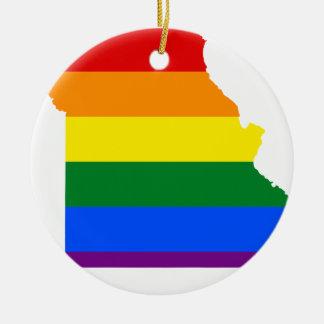 Ornement Rond En Céramique Carte de drapeau du Missouri LGBT