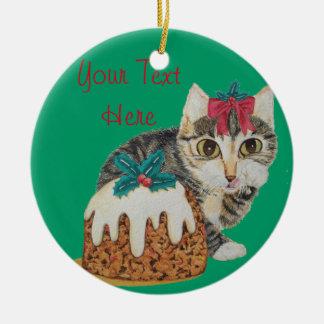 Ornement Rond En Céramique chat tigré gris de chaton mignon léchant Noël de