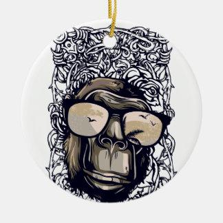 Ornement Rond En Céramique cru de singe avec des glasess