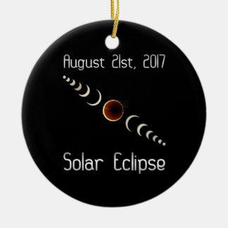 Ornement Rond En Céramique Éclipse solaire totale 2017