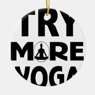 Ornement Rond En Céramique Essayez plus de yoga