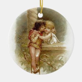 Ornement Rond En Céramique Frances Brundage : Romeo et Juliet - art vintage