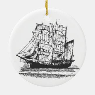 Ornement Rond En Céramique Grand voilier marchand bateau de navigation de