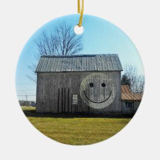 Ornement Rond En Céramique Grange souriante americana vintage de visage