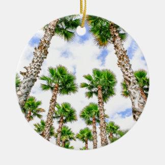 Ornement Rond En Céramique Groupe de hauts palmiers droits