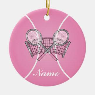 Ornement Rond En Céramique La balle de tennis rose | personnalisent