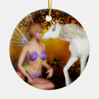 Ornement Rond En Céramique La licorne et la fée