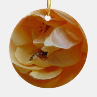 Ornement Rond En Céramique L'abeille dans un crème s'est levée
