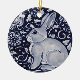 Ornement Rond En Céramique Lapin bleu et blanc avec la conception de tuile