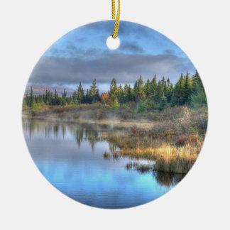 Ornement Rond En Céramique Lever de soleil d'automne au lac Maine Moosehead