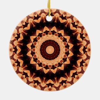 """Ornement Rond En Céramique Mandala détaillé """"de coeurs de chocolat"""""""