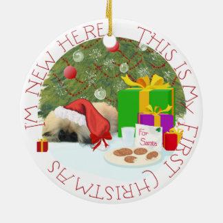 Ornement Rond En Céramique Noël de chiot de Pekingese ęr