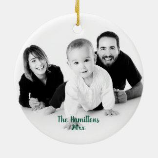 Ornement Rond En Céramique Noël vert de photo d'aquarelle et de feuille d'or