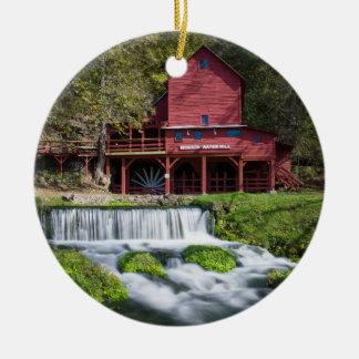 Ornement Rond En Céramique Paysage de moulin à eau de Hodgson