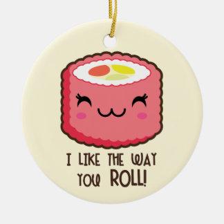 Ornement Rond En Céramique Petit pain de sushi d'Emoji