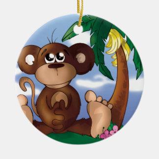 Ornement Rond En Céramique Petit singe mignon se reposant à côté du bananier