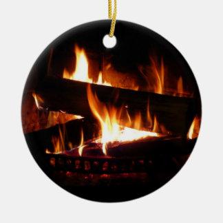 Ornement Rond En Céramique Photographie chaude de scène d'hiver de cheminée