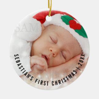 Ornement Rond En Céramique Premier modèle photo de Noël du bébé personnalisé