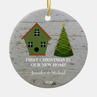 Ornement Rond En Céramique Premier Noël dans notre nouvelle volière en bois à
