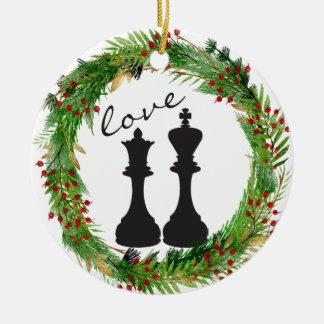 Ornement Rond En Céramique Roi personnalisé de noir d'échecs, amour de