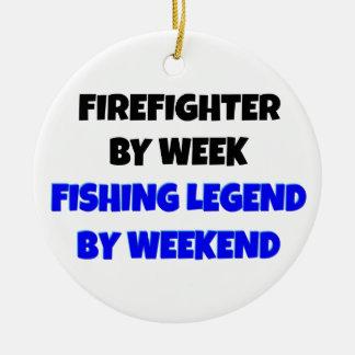 Ornement Rond En Céramique Sapeur-pompier de légende de pêche