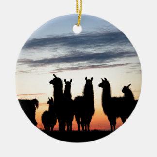 Ornement Rond En Céramique Silhouette de lama de prairie