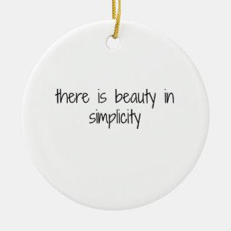 Ornement Rond En Céramique Simplicité