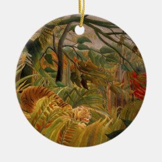 Ornement Rond En Céramique Tigre dans une tempête tropicale par Henri