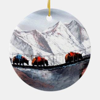 Ornement Rond En Céramique Troupeau de yaks Himalaya de montagne
