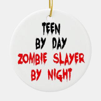 Ornement Rond En Céramique Tueur de l'adolescence de zombi