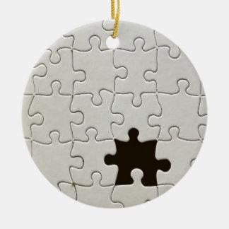 Ornement Rond En Céramique Un morceau absent de puzzle
