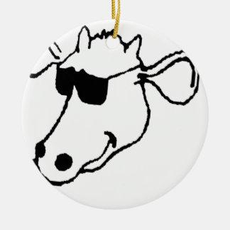 Ornement Rond En Céramique Vache de tabagisme avec des lunettes de soleil