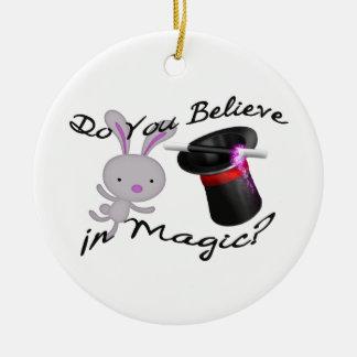 Ornement Rond En Céramique Vous croyez en casquette supérieur et lapin