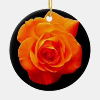 Ornement rose d'arbre de Noël