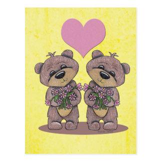 Ours de jumeau avec la carte postale de coeur