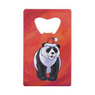 Ours panda dans le casquette de Père Noël sur le