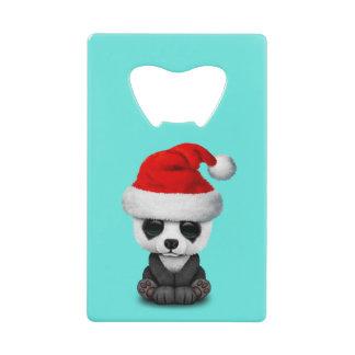 Ours panda de bébé utilisant un casquette de Père