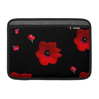 Ouvrez les tulipes rouges sur la douille noire housse pour macbook air