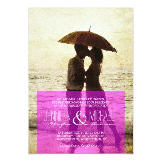 paar op de strand/van het Huwelijk Uitnodiging