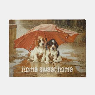Paillasson Chiots de chien de basset sous le parapluie CC0925