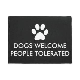 Paillasson Les chiens accueillent des personnes tolérées