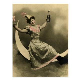 Pain grillé de Champagne sur un croissant de lune Carte Postale