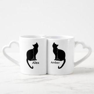 Paires de tasse d'amour de chats