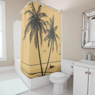 Palmiers et rideau en douche tirés par la main de
