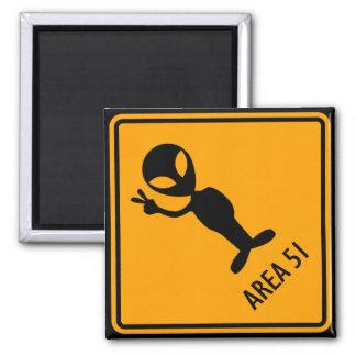 Panneau d'avertissement jaune de diamant de magnet carré