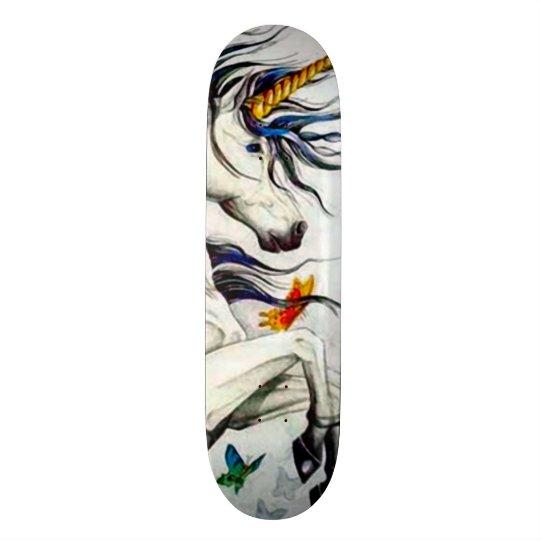 Panneau fait sur commande de parc de licorne skateboard old school  21,6 cm