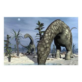 Papeterie Boire de dinosaure d'Argentinosaurus