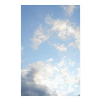 Papeterie ciel bleu nuageux