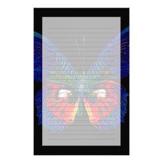 Papeterie Conception colorée de papillon contre le contexte